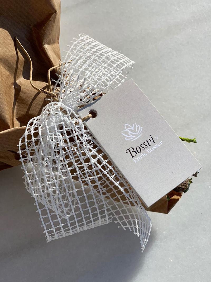 ramos con sello propio, ramos diseñados por artesanos, ramos de flores artificiales